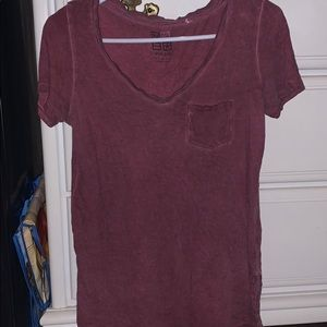 Nollie Maroon V neck